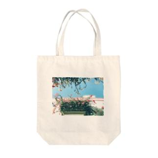 Gran Canaria B Tote bags