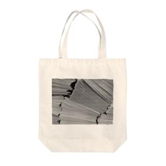 Tabbiesの山積み書類 Tote bags