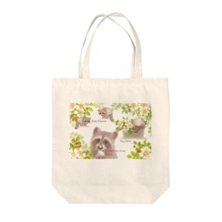 手をアライグマ Tote bags