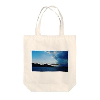 瀬戸のアオ+ハシ Tote bags