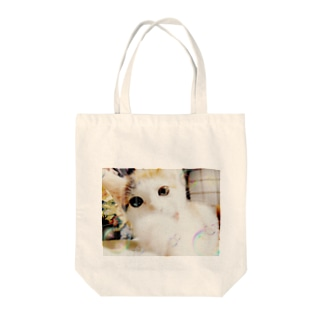 猫パンチ Tote bags