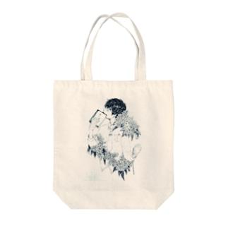 紫陽花男子 Tote bags