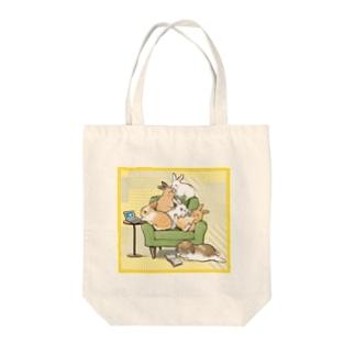 うさぎ大家族 Tote bags