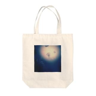 Petrichorの月夜の海月 Tote bags