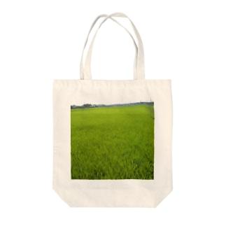 田んぼ Tote bags