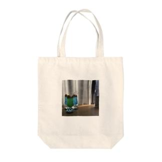 クリームソ〜ダ3 Tote bags