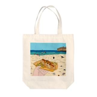 Hotdog on the Beach Tote bags