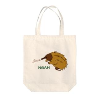 ハリモグラ Tote bags