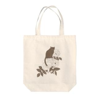 ミルクティーローズ Tote bags