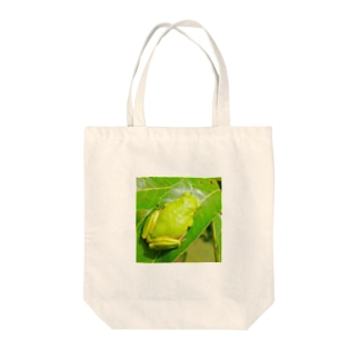 カエルさんの背中 Tote bags