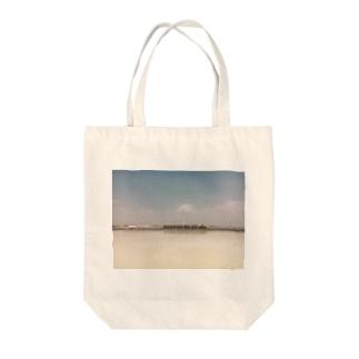 塩湖 Tote bags