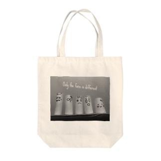 芯のファミリー Tote bags