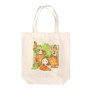 ウサギとキャロット Tote bags