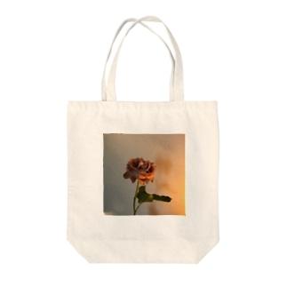 最後の薔薇 Tote bags