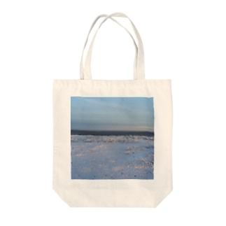 世界の風景:Arctic2 Tote bags