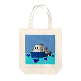 クジラとボート Tote bags
