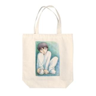 寂しそうな少年 Tote bags