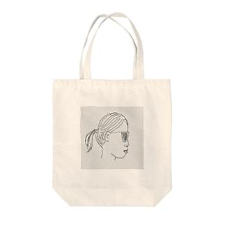 ビフォー Tote bags