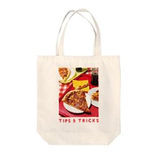 ペパロニピザ Tote bags