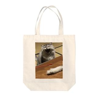 猫じゃらし折れてニャン太郎発狂トートバッグ Tote bags