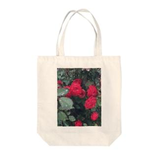 赤いお花 Tote bags