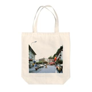 リヒテンシュタイン:ファドゥーツの街角風景 Liechtenstein: Vaduz Tote bags