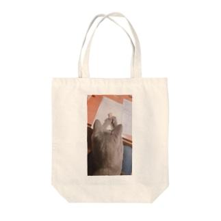 かん Tote bags
