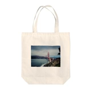 ブリッジ Tote bags
