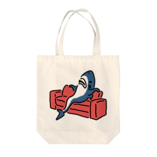 態度がデカいサメ Tote bags
