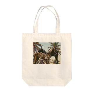 華の神楽のBrindle Family. Tote bags