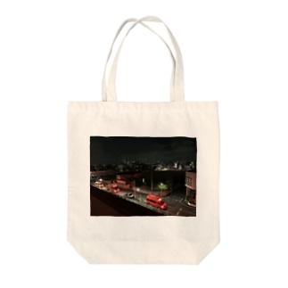 団地の夜 Tote bags