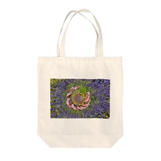 ぐるぐる花々 Tote Bag
