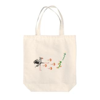 ヘビクイワシの百裂キック Tote bags
