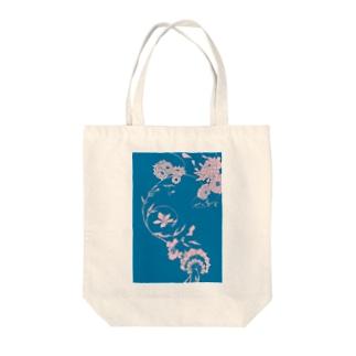 夏の草花(ブルー) Tote bags
