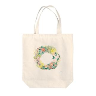 早春リース Tote bags
