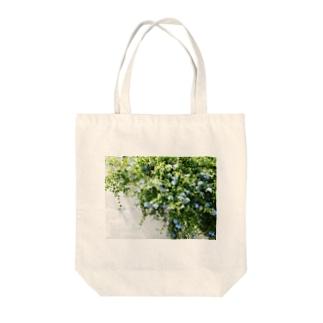 ルリマツリ Tote bags