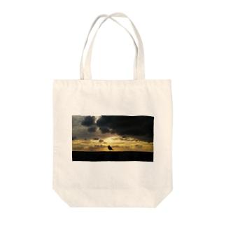 黄昏のうみねこ Tote bags