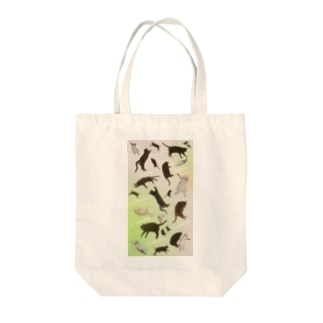 Cat sleeping phase Tote bags