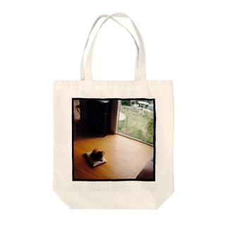 黄昏れ犬 Tote bags