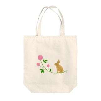 うさぎとピンクのお花 Tote bags