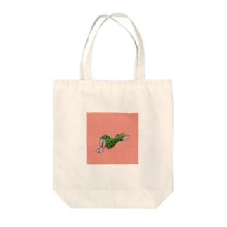 腹筋中 Tote bags