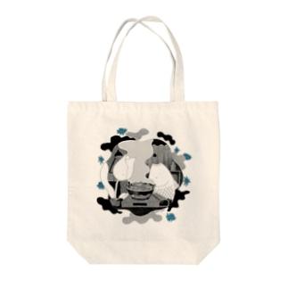 ナベ Tote bags