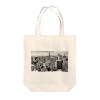 マンハッタンの空より Tote bags