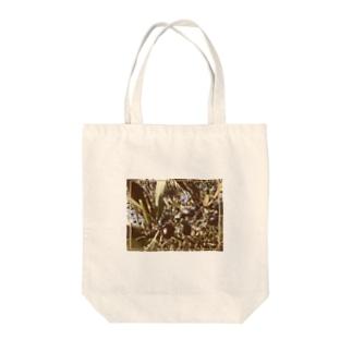プーリアのオリーブ Tote bags