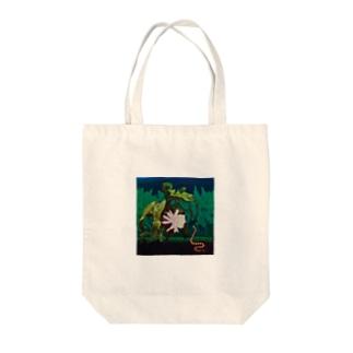 クイーン・オブ・ザ・ナイト Tote bags