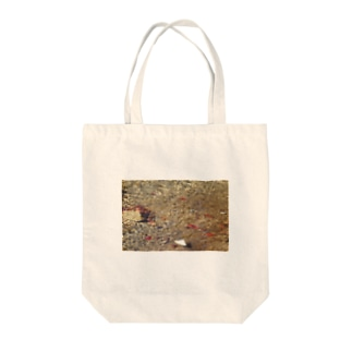 秋の水面 Tote bags