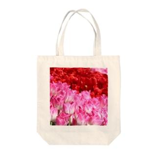 2色チューリップ Tote bags
