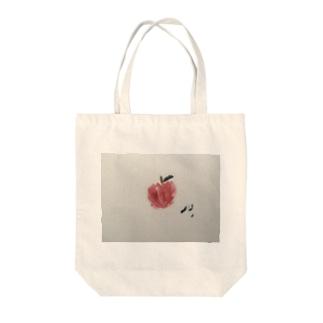 makkaなりんご Tote bags