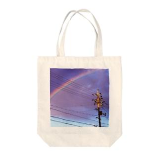 虹と電柱 Tote bags