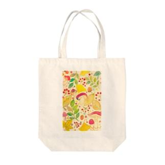 キノコ狩り Tote bags